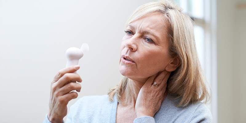 Blog-Are Hot Flashes Making You Uncomfortable Daily