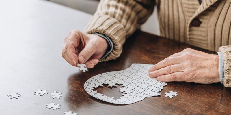Can You Pass These Two Tests That Predict Dementia?