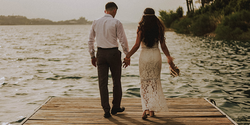 25 Worst Reasons to Get Married